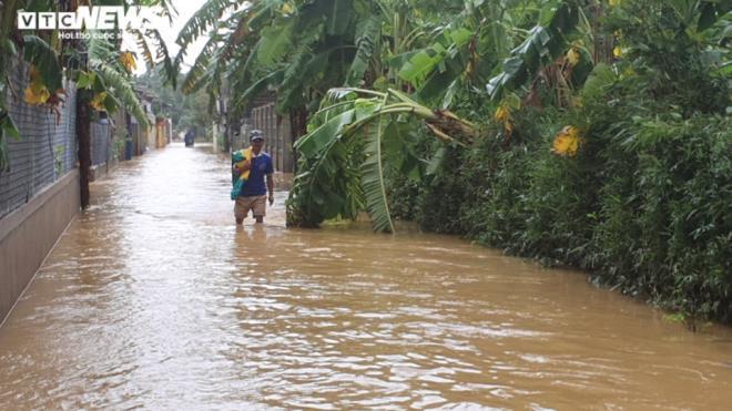 Mưa trắng trời, Quảng Trị - Huế tái gặp lụt lịch sử sau vài ngày nước rút - 15